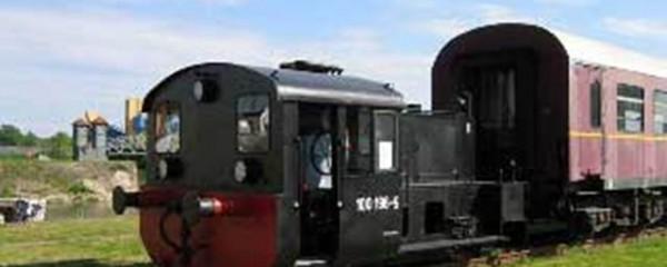 Kleindiesellokomotive_100